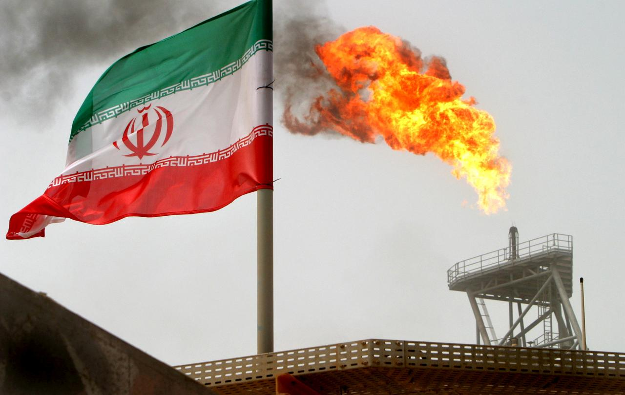 Even massive inspections not to prevent the sale of Iran's oil: Energy expert